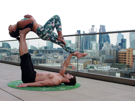 "Pratiquer la musculation ensemble, et devenir un ""fitness couple"" au top !"
